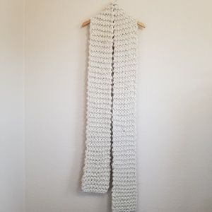 Urban Outfitters Fuzzy Ivory Chunky Scarf